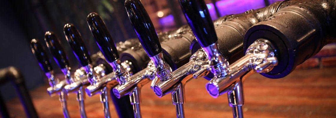 Servírovacie zariadenia na pivo - dávkovacie veže, ventily, chladiče, nádrže