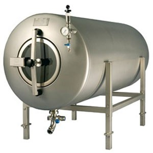 MBTHN - Maturation tanks : horizontal, non-insulated