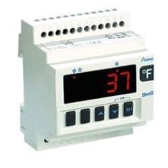 XR20D - регулятор температури мікропроцесора
