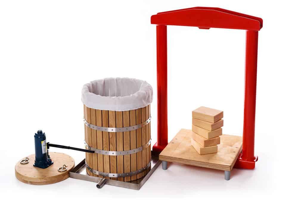 MHP-50W Manual hydraulic fruit press 50 liters wood