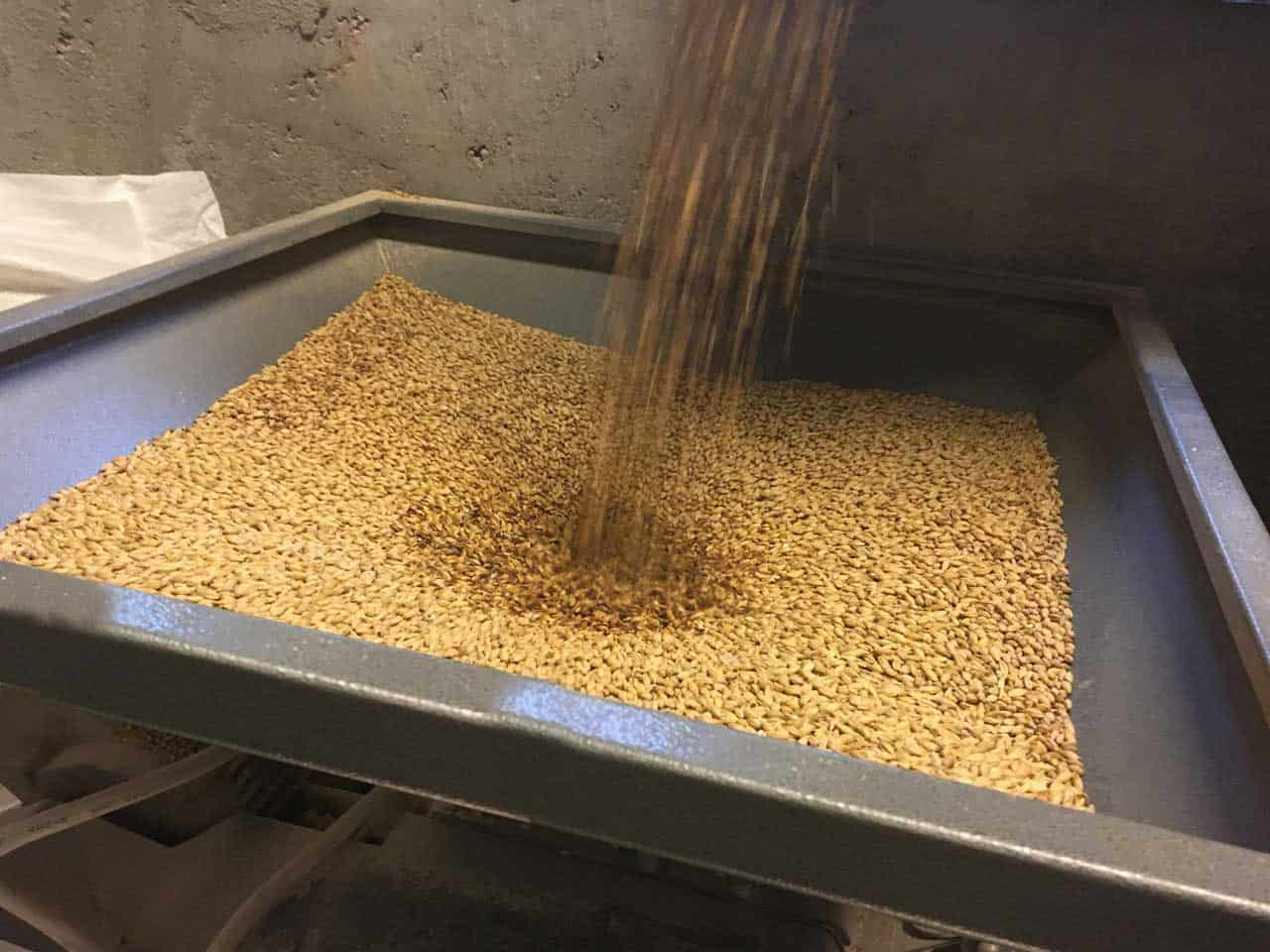 Malt mills - Machines for fine squeezing of malt grains