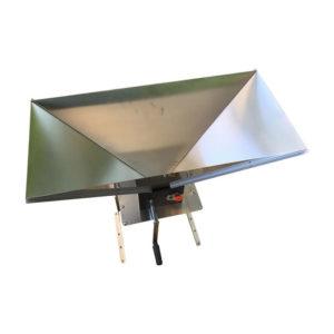 HMC-50 : Hand malt crusher – simple mechanism to manual squeezing of malt grains, 25-50 kg/h