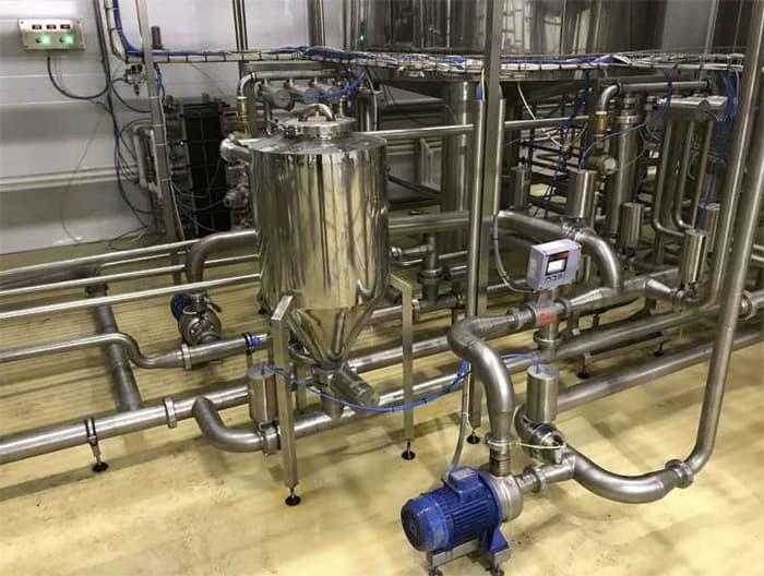 BH BWOP 6000 photo dosing hops 01 - BREWORX OPPIDUM 6000 : Wort brew machine - the brewhouse