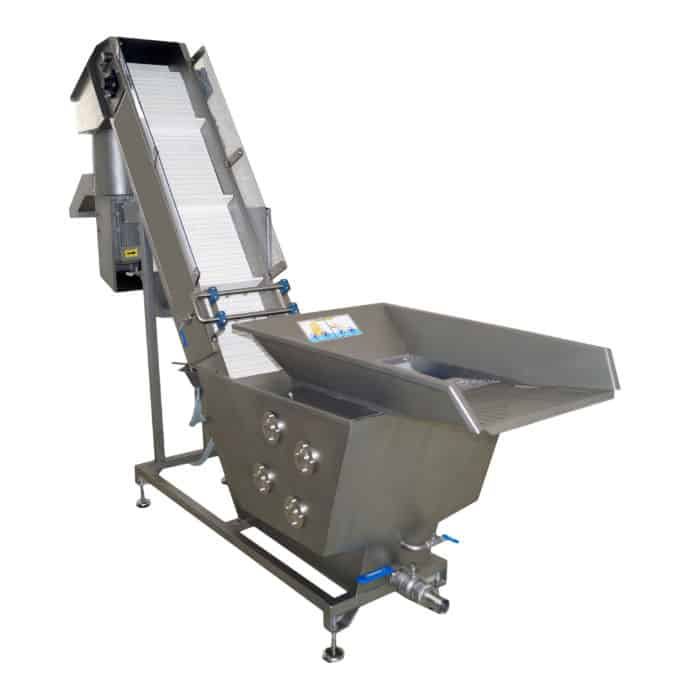 FWBC 2000MG 01 - FWBC-2000MG Fruit washer with four brushes and crusher 2000 kg/hour