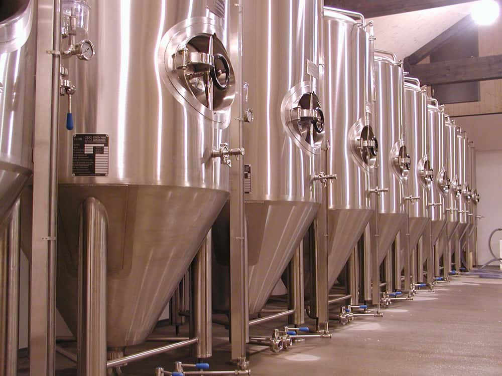 CCT-cilindrike-konike-fermenters-1000x750